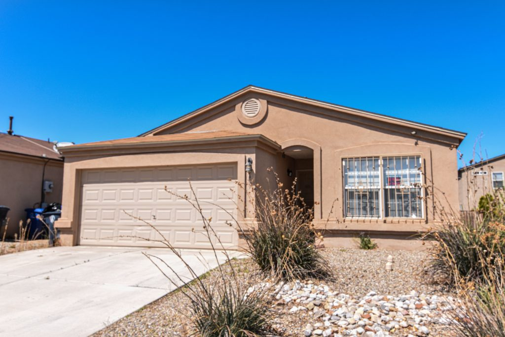 9409 Valle Caldera Road SW Albuquerque, NM 87121